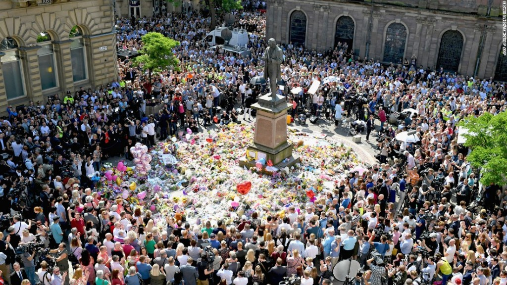 Manchester support in St Ann's Square for the victims and their loved ones